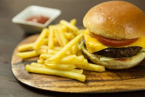 Study Links Fast Food Consumption to Severe Asthma